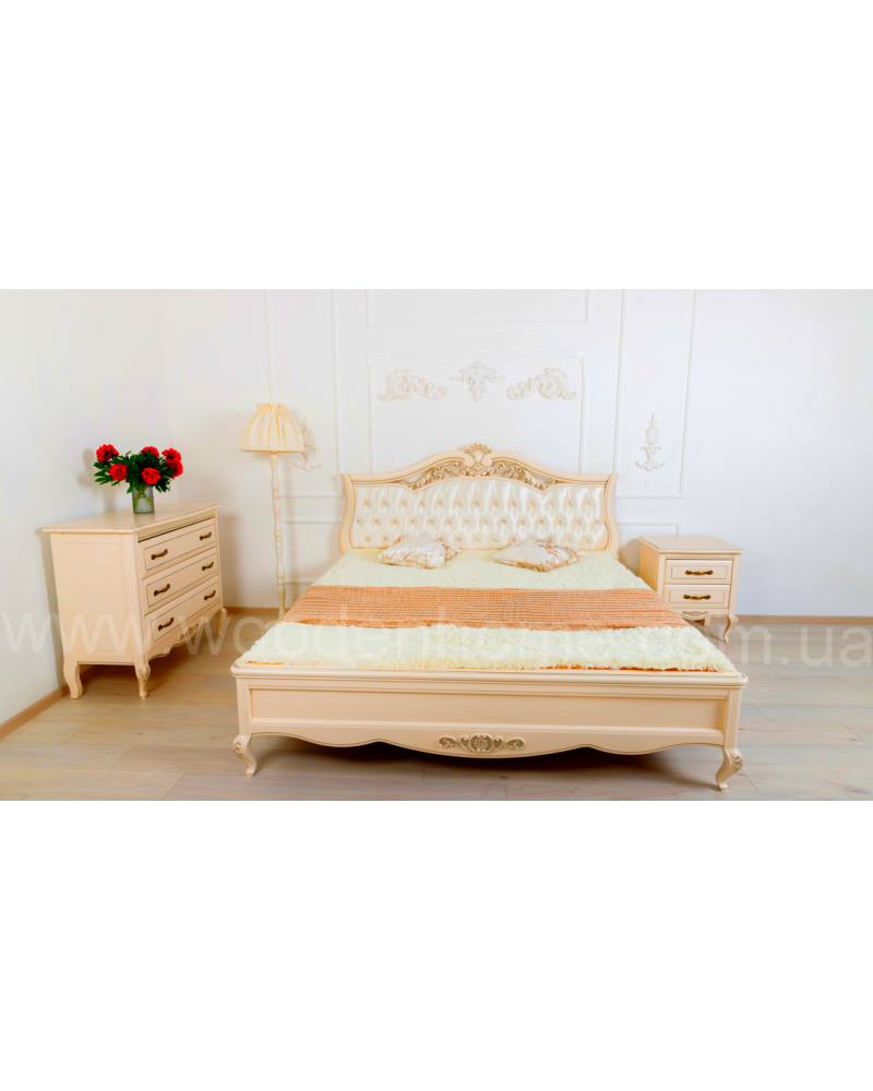 Спальня из массива ясеня